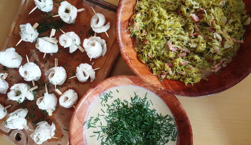 Roulés de poisson cuits à la vapeur douce, crème à l'échalote et au citron
